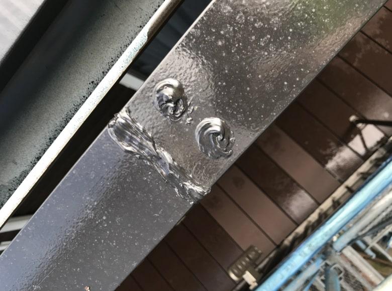 岩国Y様邸、鉄骨部分のコーキング打ち換え完了写真