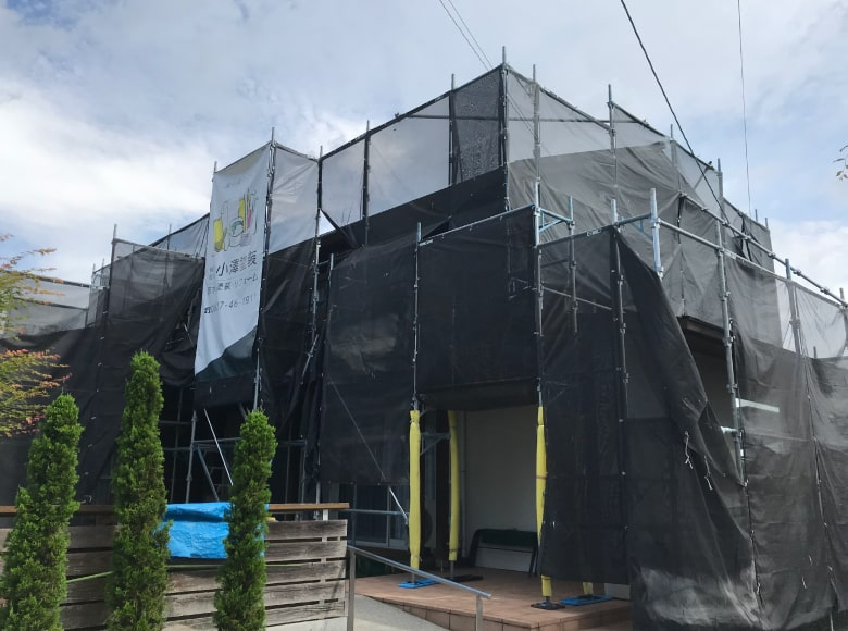 岩国Y様邸、足場組み立て完成写真
