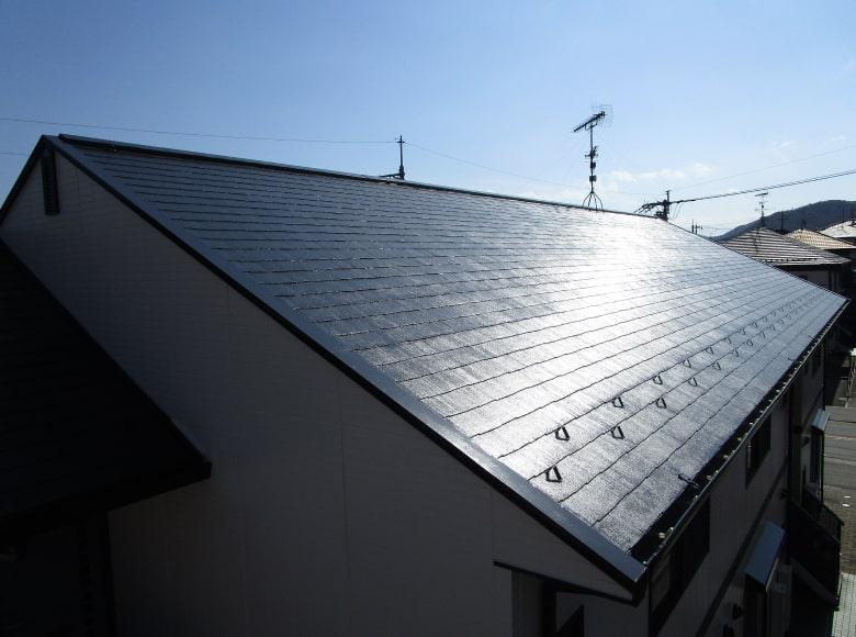 下松市にてアパートの屋根塗り替え工事を行いました。