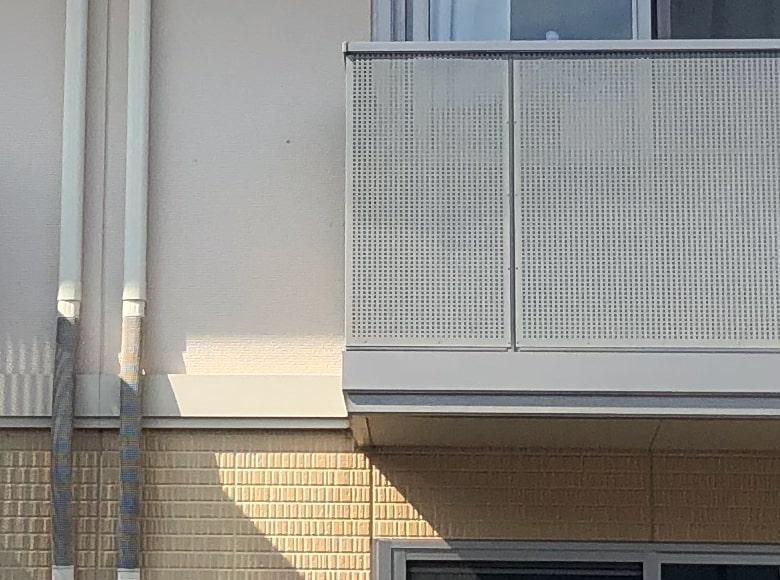 廿日市市アパート塗り替え(バルコニー)ビフォー