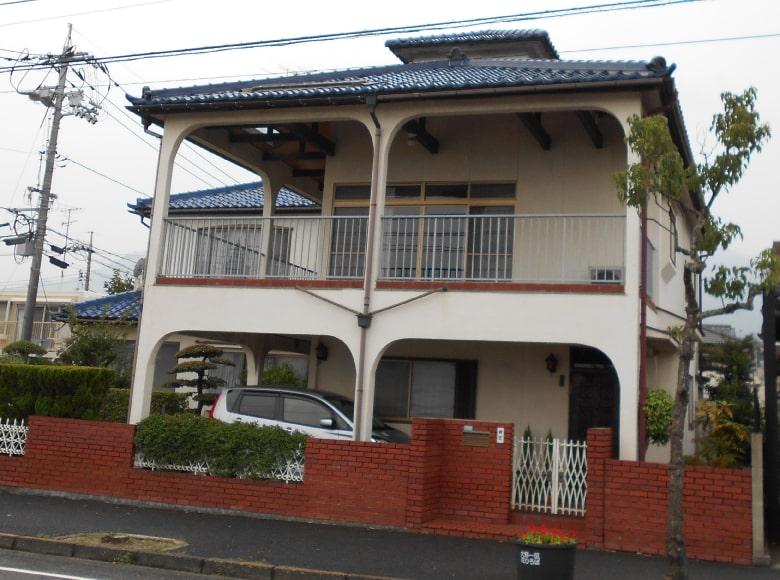 下松市D様邸、外壁塗り替え前の写真(横)