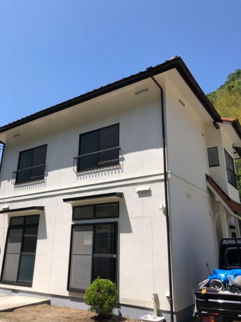岩国市築40年の住宅、塗り替え完了写真(裏)