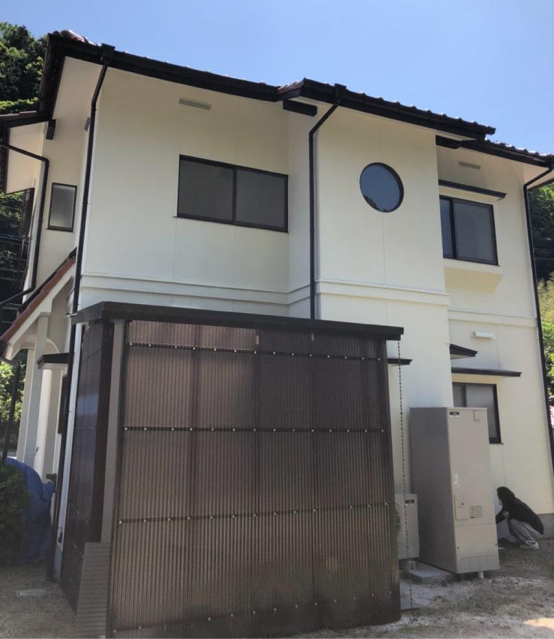 岩国市築40年の住宅、塗り替え完了写真(正面)